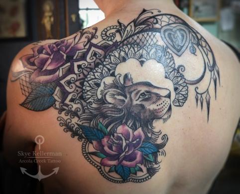 lace-lion-tattoo